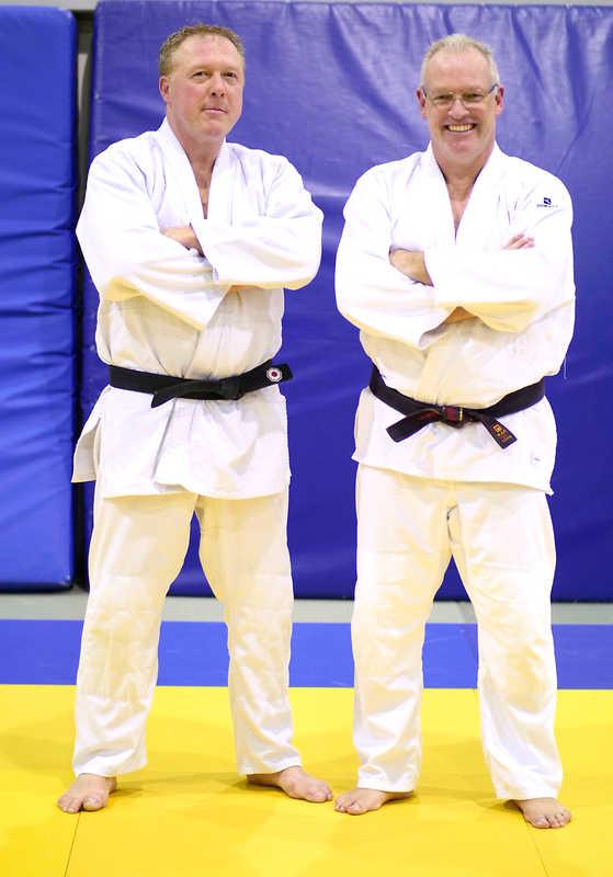 KSV Sponsoren legen erfolgreich die Prüfung zum 2. DAN Judo ab